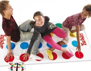 Znova v ponuke - Twister - spoločenská hra